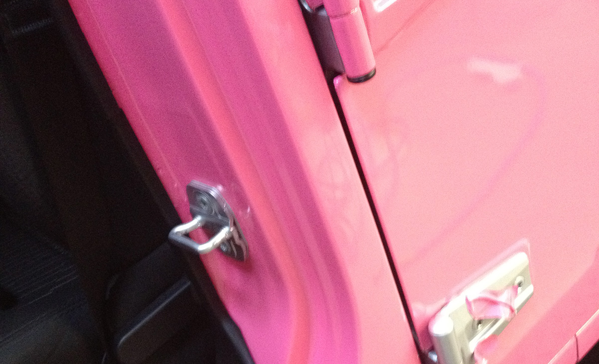 Pink Jeep 2012 view02
