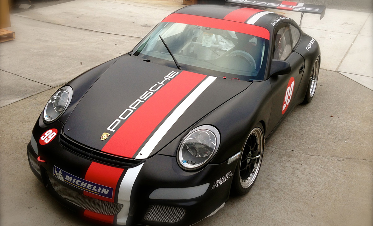 Porsche GT4 (track-car) using knifeless tape, view01